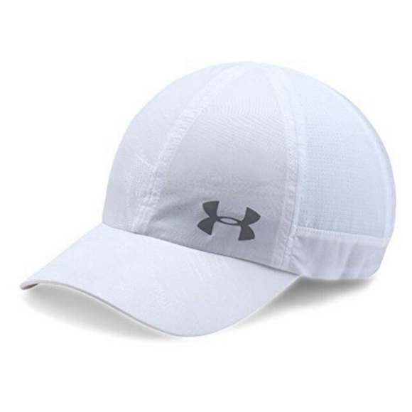 brand new e0f35 66cc4 Under Armour Women s Fly By ArmourVent Cap Hat